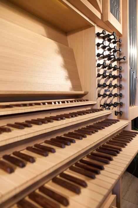 Dit orgel heeft maarliefst 4 klavieren