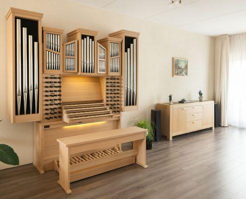 Orgel met Sampleset Marcussen-hoofdorgel uit de Rotterdamse Sint-Laurenskerk in de woonkamer
